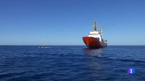 """El Aquarius pone fin al rescate de migrantes por las """"múltiples presiones políticas"""""""