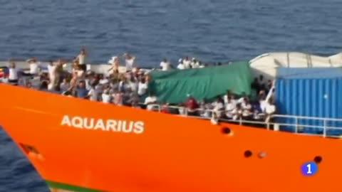 El Aquarius retrasa su llegada a Valencia por la mala climatología