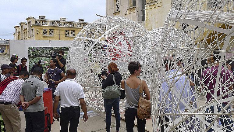 El arte marroquí luce su dinamismo en la Bienal Internacional de Casablanca