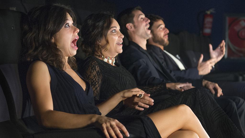 España Directo - Así fue la reacción de los actores de 'Estoy vivo' al ver el tráiler en 4DX
