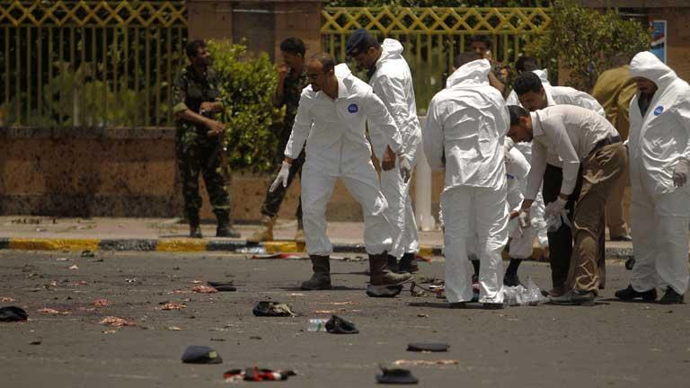 Un atentado al final de los ensayos de un desfile militar en Yemen deja entre 60 y 100 víctimas