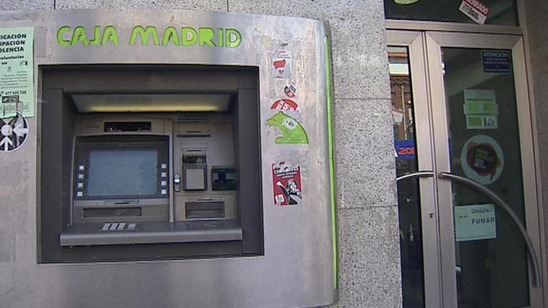 Espectacular atraco a una sucursal bancaria en Madrid bajo investigación policial