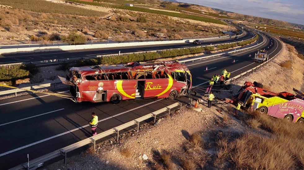 El autobús circulaba a una velocidad excesiva es la primera conclusión
