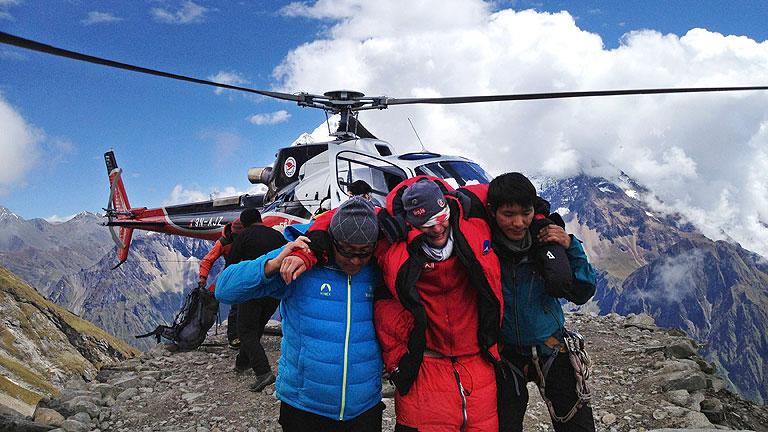 En Nepal 7 alpinistas han muerto y 5 permanecen desaparecidas