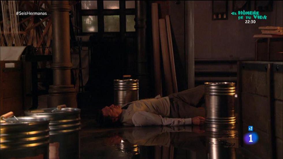 Seis Hermanas - Benjamín encuentra a Germán en el suelo y rodeado de plomo