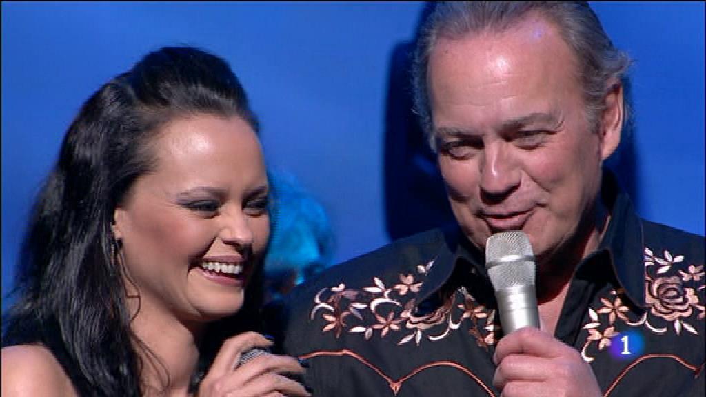 Bertin canta 'Si nos dejan' con Shaila Dúrcal