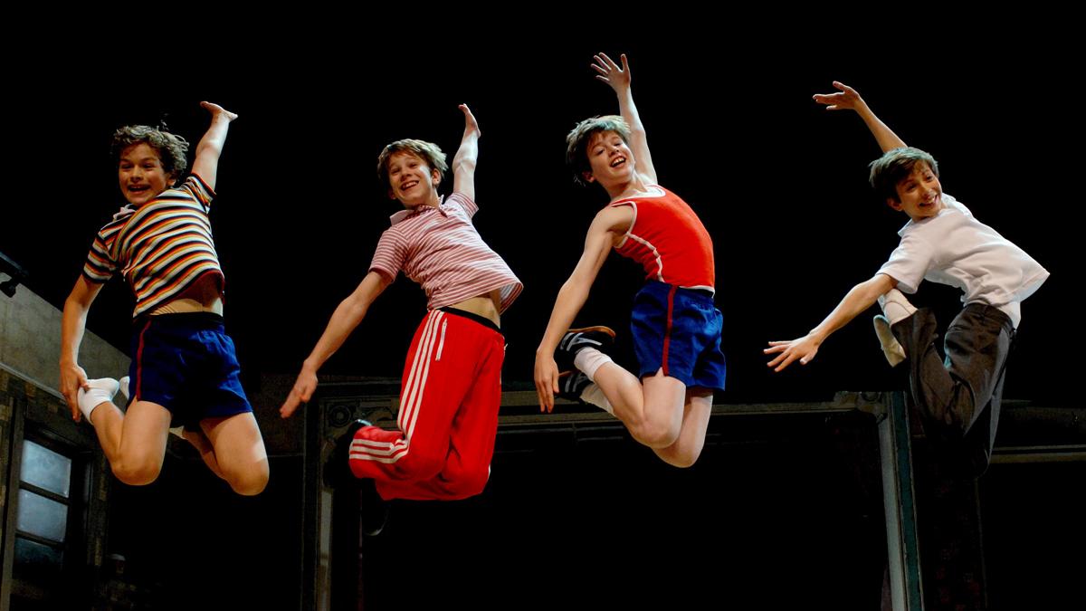Billy Elliot sentía la electricidad, al igual que estos seis niños que protagonizan el musical en Madrid