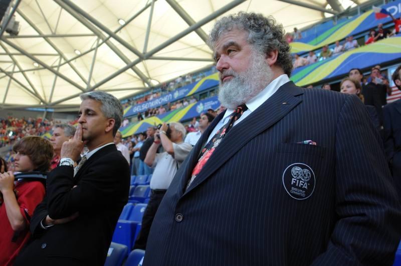 Blazer miembro comité ejecutivo de la FIFA
