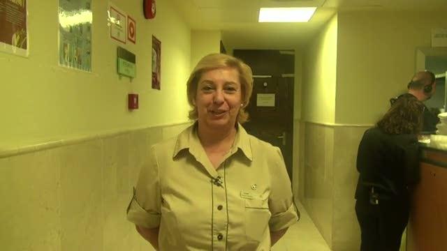 Blog de 'Con una sonrisa': Los trabajadores del hotel, Isabel