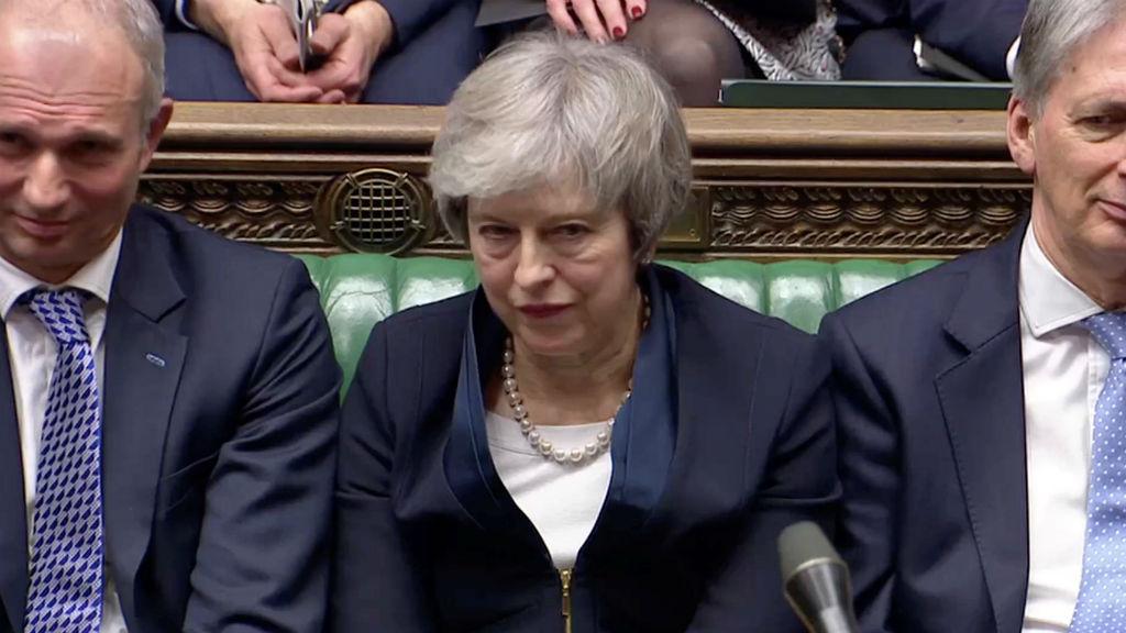 Resultado de imagen de El Parlamento británico rechaza el acuerdo del 'Brexit' de May por una abultada mayoría