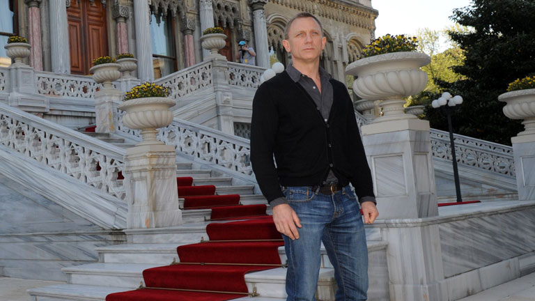 Bond, caballero del Imperio Británico durante los Juegos
