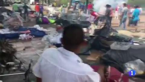 En Brasil un grupo de inmigrantes venezolanos ha sido atacado por la población