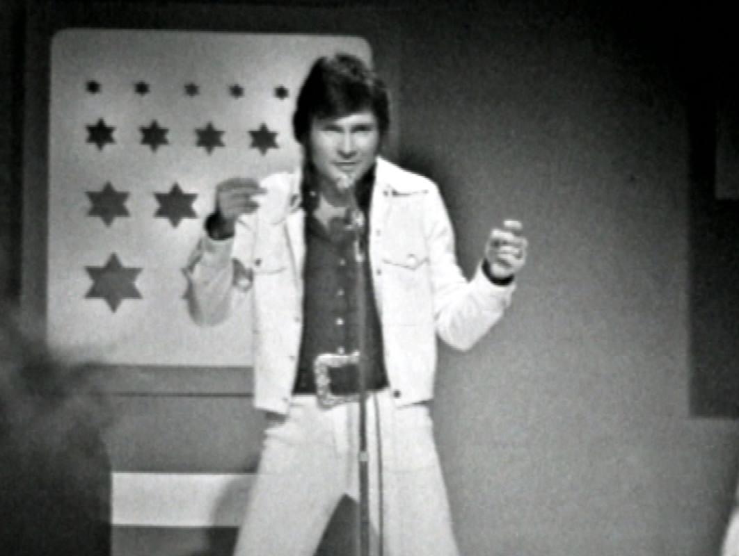 Bruno Lomas, salvando las distancias, nuestro Elvis