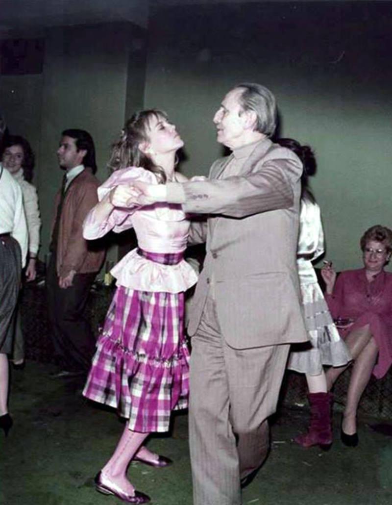 Buero bailando con Paloma Pedrero