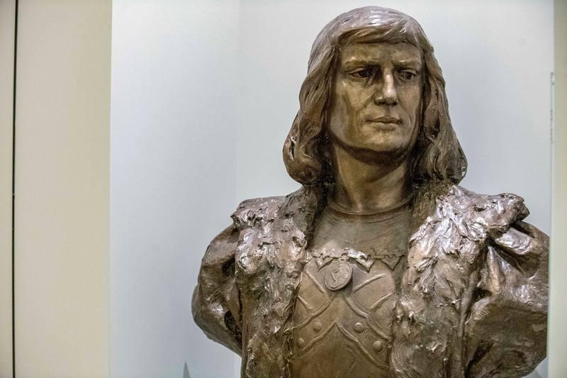 Busto de Gonzalo Fernández de Córdoba, el Gran Capitán