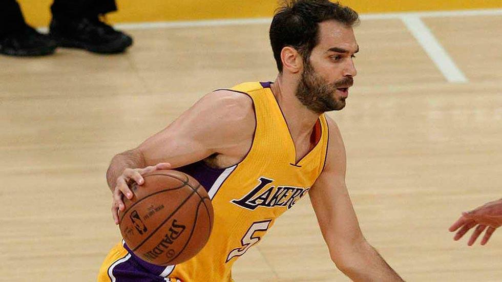 Calderón rescinde su contrato con los Lakers y apunta a los Warriors