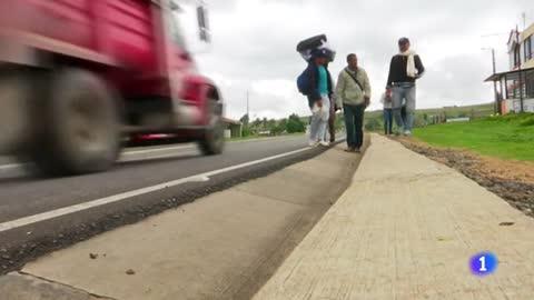 Los 'caminantes de los pies rotos': así es el éxodo venezolano bajo el frío de Tunja