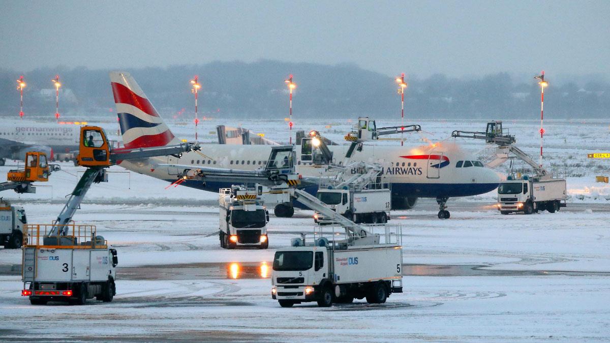 Cancelados decenas de vuelos en el noroeste de Europa debido al temporal