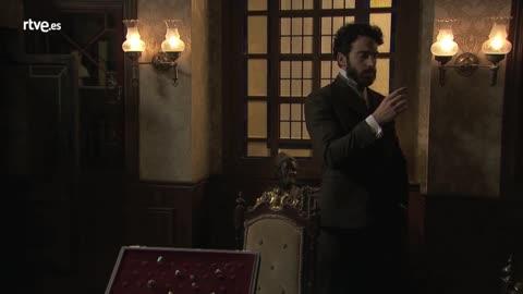 Acacias 38 - Carmen le cuenta a Diego los viajes de Úrsula al convento