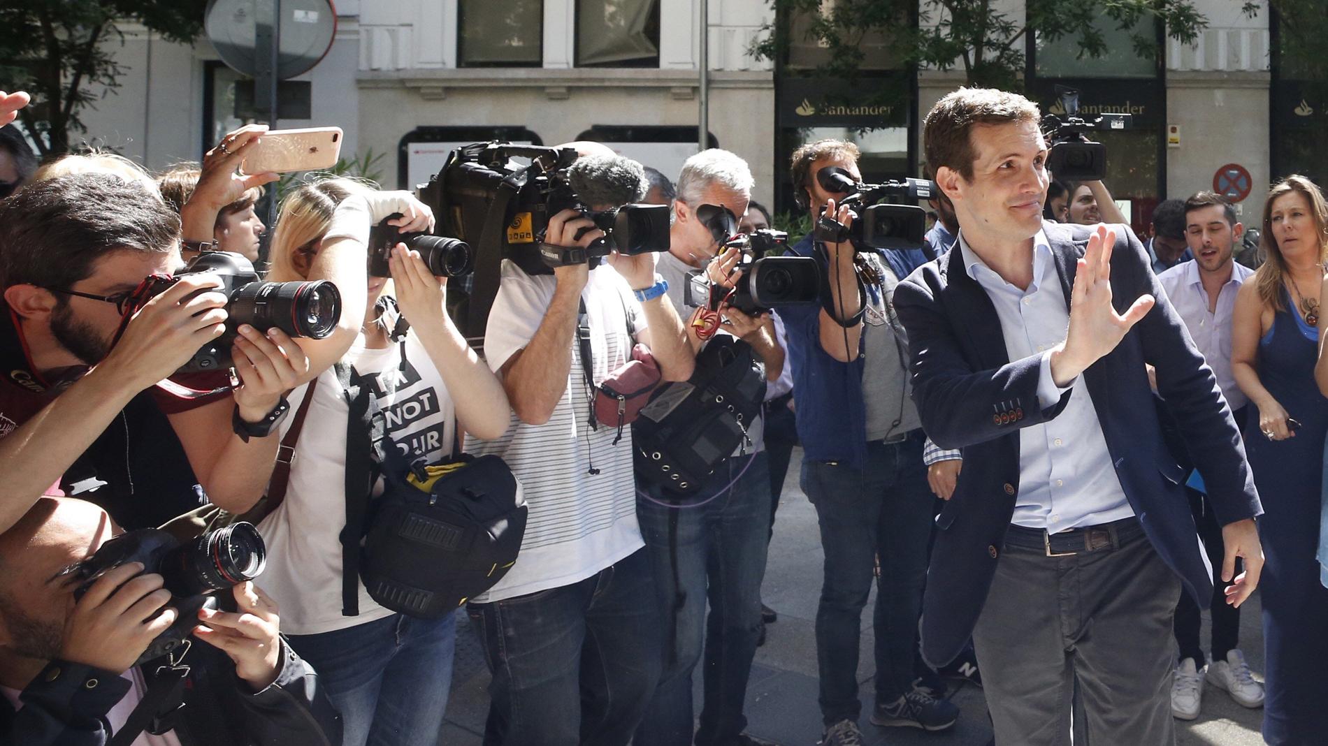 """Casado presenta su candidatura a liderar el PP para recuperar la confianza de """"los votantes que se fueron"""""""