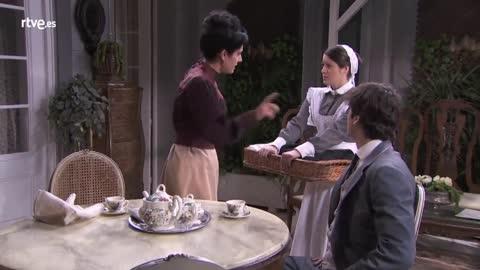 Acacias 38 - Casilda pide ayuda a Rosina para el concurso de gritos
