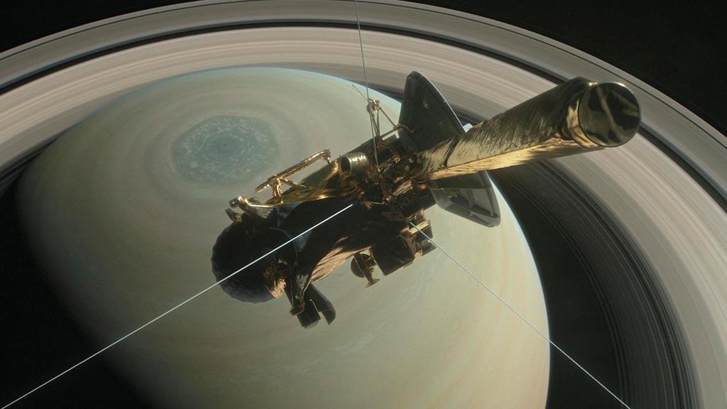 Cassini concluye su misión en Saturno tras 20 años