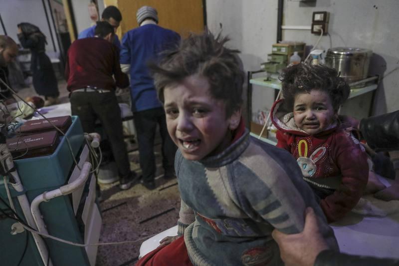 Un centenar de muertos por ataques en feudo opositor sirio cerca de Damasco