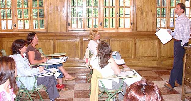 La conciliaci n de trabajo y estudios y su distribuci n for Centro asociado de madrid