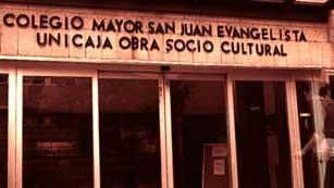 Cierra El Johnny, un colegio mayor referente cultural en Madrid