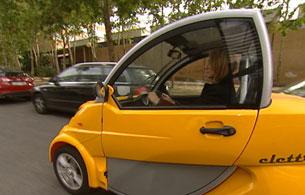 Ver vídeo  'El coche eléctrico es limpio, silencioso y sobre todo es fácil de recargar en la comunidad de vecinos'
