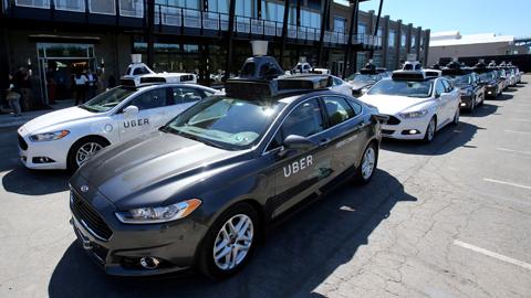 Un coche sin conductor de Uber causa el primer atropello mortal en vehículos autónomos