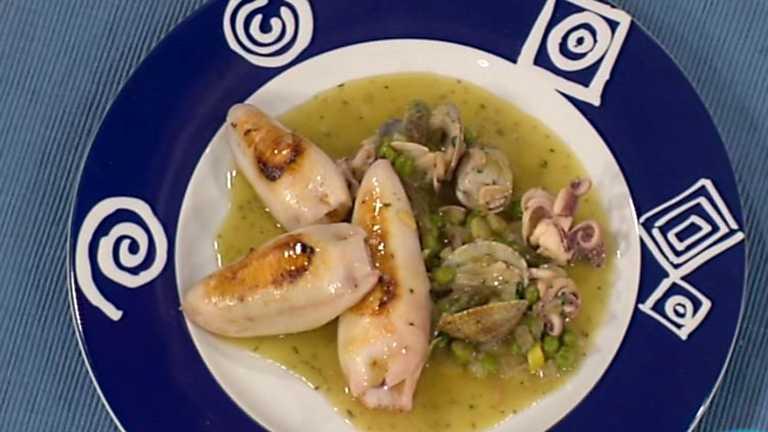 Receta de chipirones rellenos en salsa verde - Chipirones rellenos en salsa de tomate ...