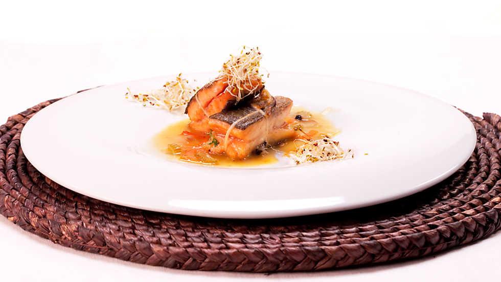 Cocina con sergio trucha en escabeche de c tricos - Cocina con sergio pepa ...