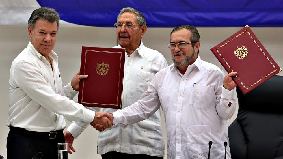 Colombia y las FARC firman la paz definitiva en La Habana