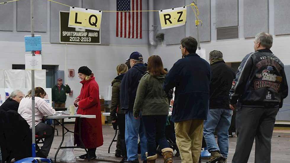 Comienzan las votaciones en New Hampshire para elegir candidatos a la Casa Blanca