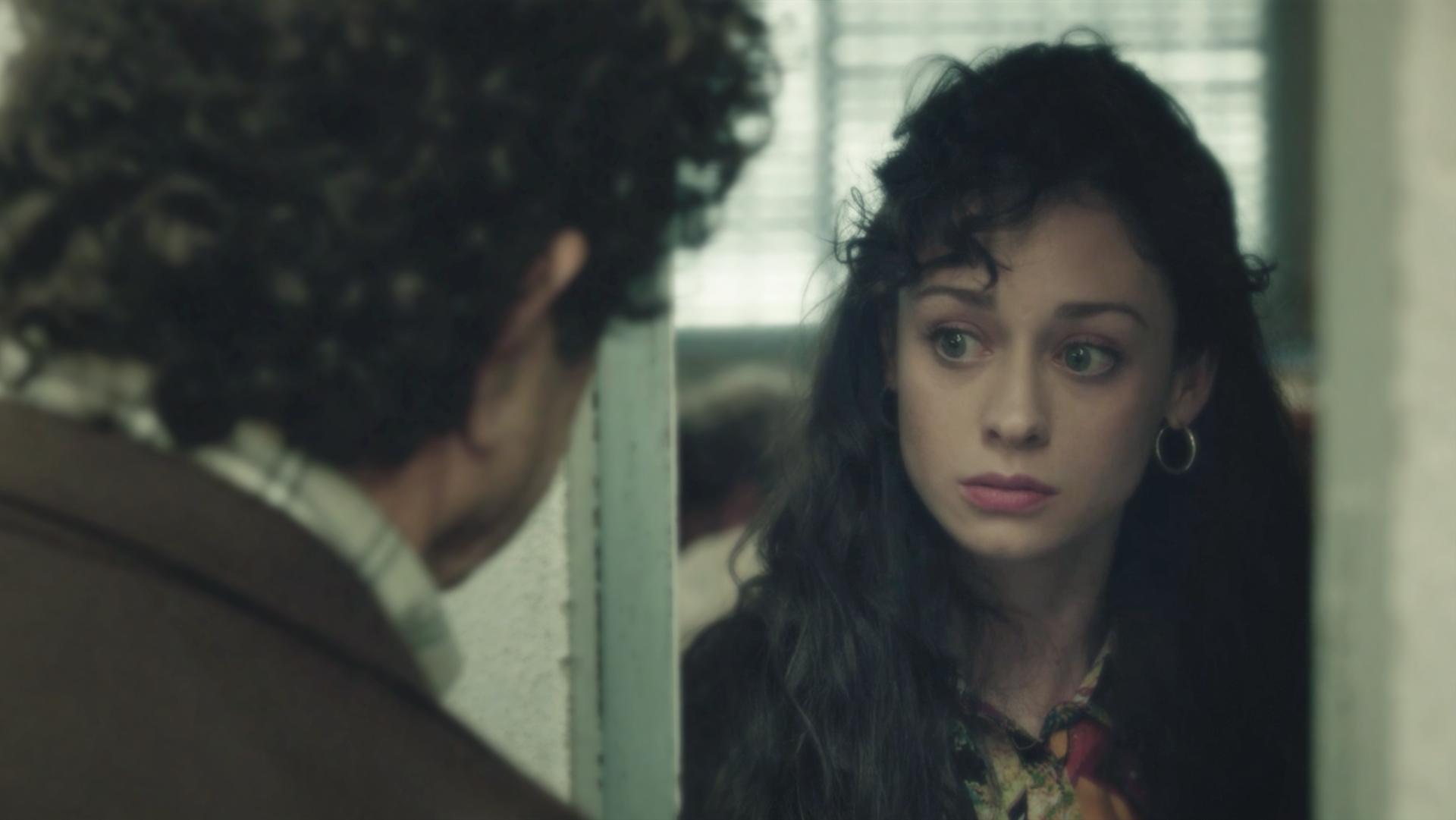 Cuéntame cómo pasó - ¿Cómo se siente Karina al ver a su padre? Elena Rivera nos lo cuenta