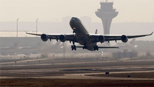 Fomento pedirá a Bruselas más competencias sobre las aerolíneas que operan en España