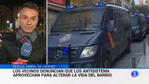 """Concentración en Lavapiés por la muerte de un mantero: """"Nos sentimos parte de España. Pero basta ya"""""""