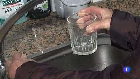 La consellería de sanidad de Galicia prohibe a los vecinos de Ribadavia beber agua del grifo