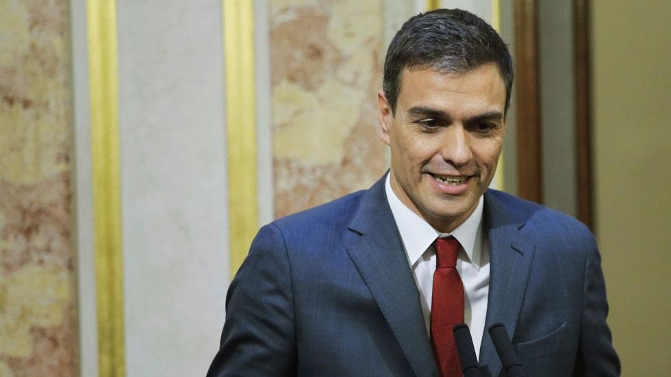 """El PSOE reprocha a Rajoy que no se siente a dialogar con Mas e IU insta al presidente a """"irse"""" por su """"inmovilismo"""""""