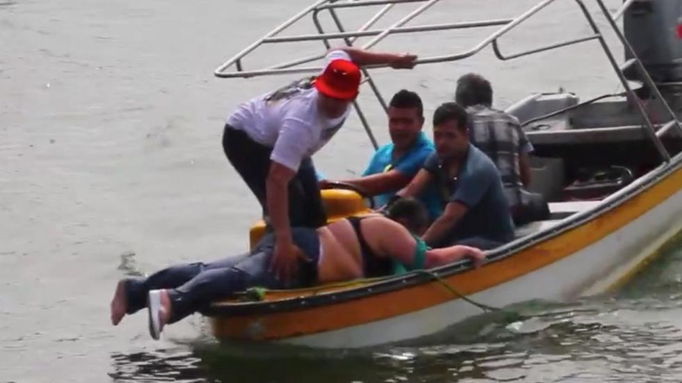 Continúa la búsqueda de desaparecidos tras el naufragio de una embarcación turística en Colombia