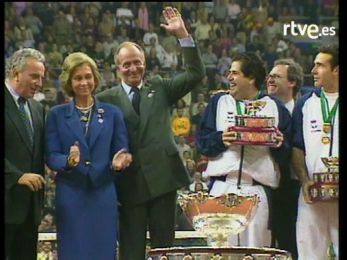 Copa Davis 2000: triunfo de la selección española (en directo en el telediario 2)