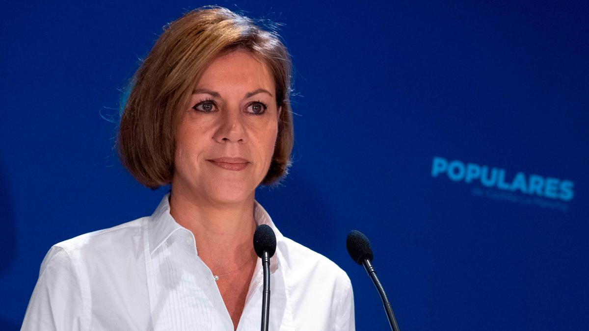 """Cospedal pide a Ciudadanos que no sea """"muleta"""" del PSOE, """"que siempre ha dejado a España en la ruina"""""""