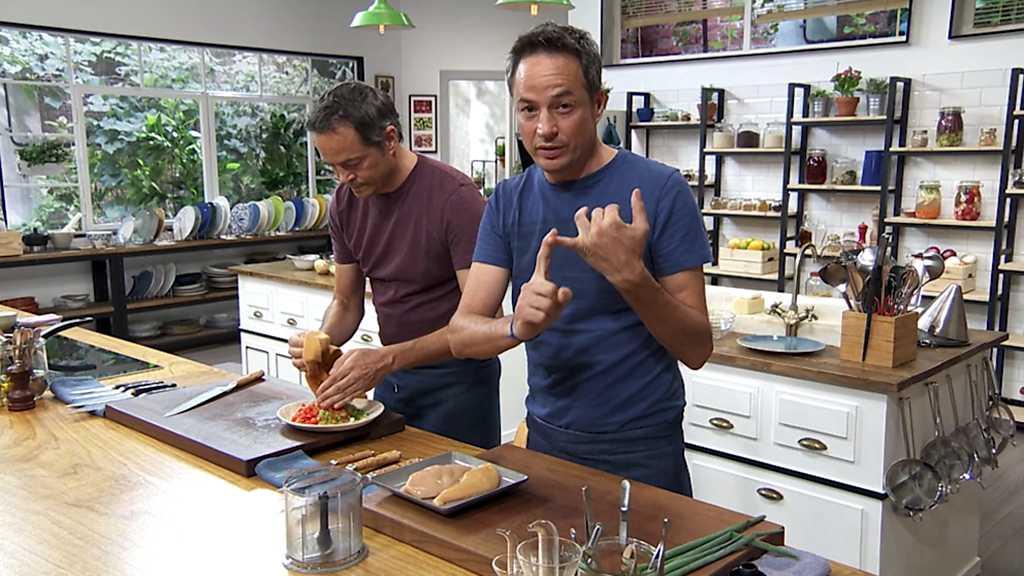 Torres en la cocina - Crema de verduras y pastel de pollo y patata