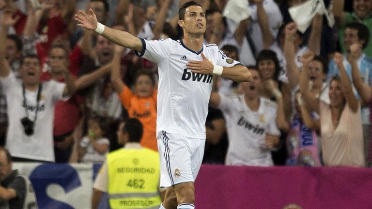 Cristiano amplía la renta en el Bernabéu (2-0)