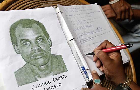 Cuba reprime a la disidencia cubana tras la muerte de Orlando Zapata