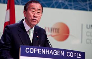 Ver vídeo  'La Cumbre de Copenhague logra un acuerdo de mínimos'