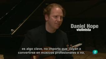 Programa de mano - El violinista y activista musical británico Daniel Hope