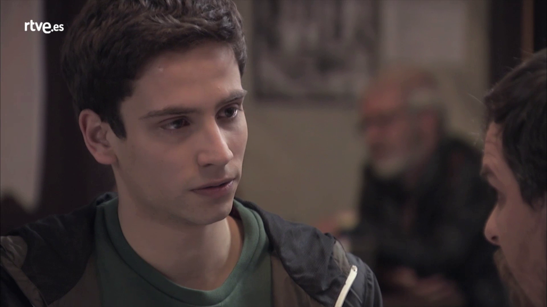 Servir y proteger - David descubre que su madre sigue viva