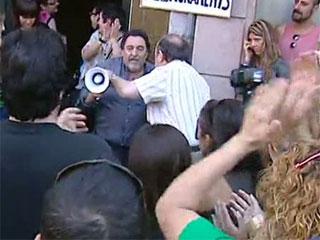 La Plataforma de Afectados por la Hipoteca paraliza un desahucio en Cataluña